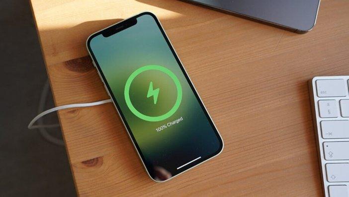 Дизайн iPhone в последние годы меняется не сильно