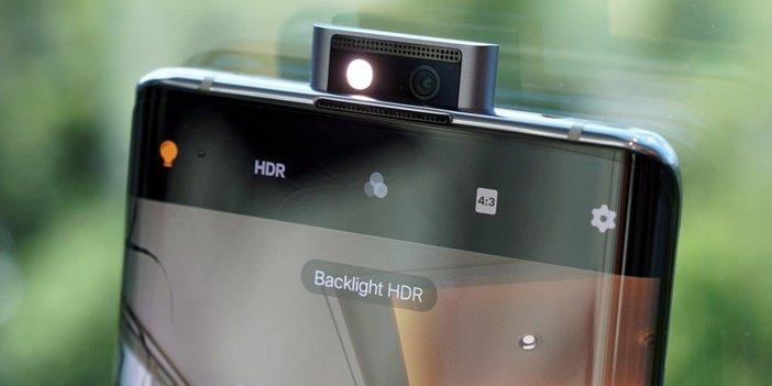 Вспышка в блоке камер Vivo NEX 3