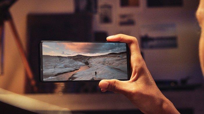 Широкоформатный дисплей Sony Xperia 1 III