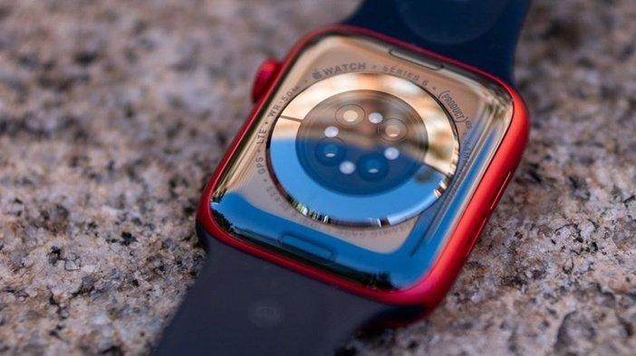 Набор сенсоров в Apple Watch 6