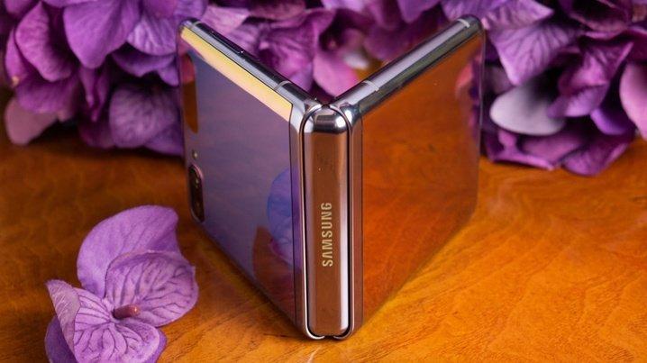 Samsung возглавляет рейтинг производителей смартфонов